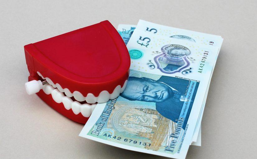 Złe postępowanie żywienia się to większe deficyty w jamie ustnej natomiast dodatkowo ich brak